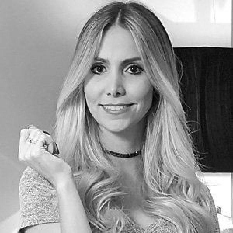 Camila Strang